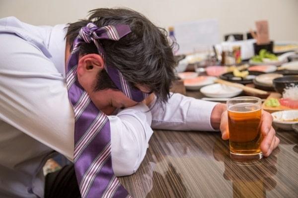 お酒の飲み過ぎ